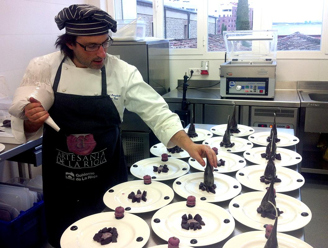 Preparación de postres para comida a Ferrán Adriá